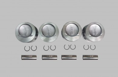 Pistons and bolts KIT 82,00 mm
